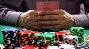 Buat Penasaran, Ini Cara Kerja Bandar Judi Poker Online » Garuda Citizen