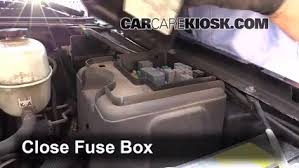 blown fuse check 2002 2006 cadillac escalade 2004 cadillac 6 replace cover secure the cover and test component