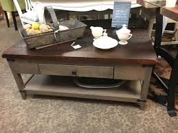 amish made coffee table 827