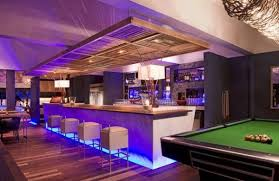 Home pool bar designs Homemade View In Gallery Home Bar With Pool Table Attempts To Recreate Pub Atmosphere Decoist 40 Inspirational Home Bar Design Ideas For Stylish Modern Home