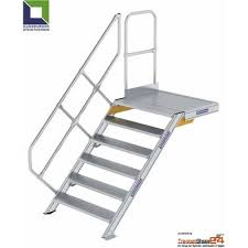 Höhen von 99,5 bis 120 cm. Aluminium Treppe 45 Mit Podest Treppenshop24