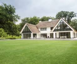 ... Modern And Transparent Country Home With A Car Gallery