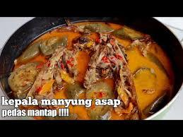 Berikut resep kacang ijo tanpa santan yang bisa kamu coba di rumah. Kepala Manyung Asap Khas Semarang Pedas Mantap Youtube