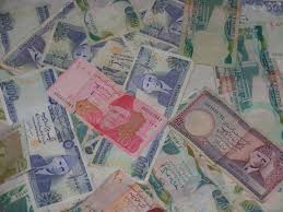 s per capita income has seen growth and here s why tv islamabad according to the economic survey of 2016 17 the per capita income of the country has recorded an increase as compared to last year and