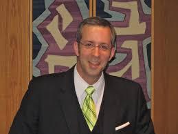 PJ Station rabbi regularly offers a friendly ear during 'Starbucks  Schmooze' | TBR News Media
