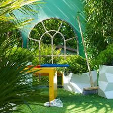 garden mirrors. A Charming Mirror Window Effect Is Achieved In Courtyard Garden. Garden Mirrors