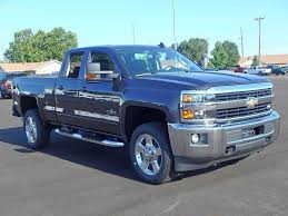 2017 Chevy Silverado 2500HD | Chris on Cars