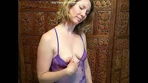 Amateur Milf Strip Webcam