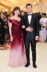 Michael Che Didn't Interrupt Scarlett ...