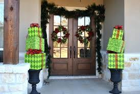 front door decorating ideasFront Doors  Modern Christmas Front Door Decorations Christmas