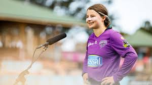 WBBL 2020-21 - Amy Smith 'has shown remarkable maturity for a 15-year-old'  - Corinne Hall