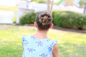 Hairstyles For Formal Dances How To Create A 3d Flower Braid Cute Updos Cute Girls Hairstyles