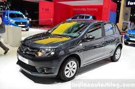 2016 Dacia Sandero spotted testing for the first time