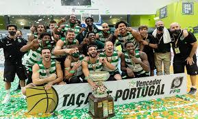Jogo de basquetebol disputado na nave de alvalade Fc Porto 78 87 Sporting Cp Leoes Triunfam Convictamente Na Final Da Taca De Portugal 40 Anos Depois