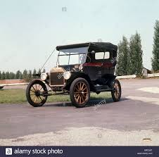 ford works a ford model t also called tin lizzy from 1913 manufactured in