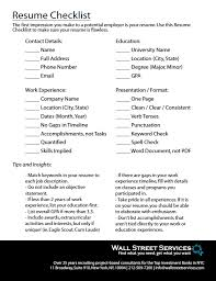 i need to make a resumes resume checklist for finance professionals with over 25