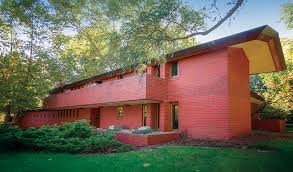 wright intended to make the 1948 mossberg house in south bend a single level but adjusted the plan to satisfy neighborhood building requirements