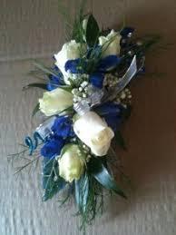 wrist corsage fresh blue white mix