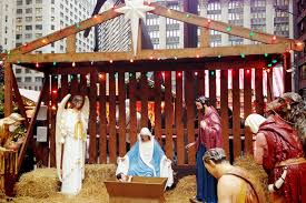 outdoor nativity scene in downtown chicago