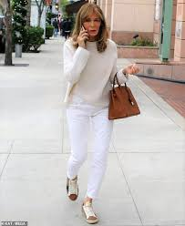 Jaclyn Smith, 74, of Charlie's Angels fame appears to be on heated phone  call   Daily Mail Online
