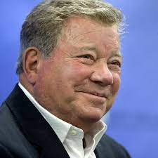William Shatner Becomes the Oldest Person to Reach Space - The New York  Times