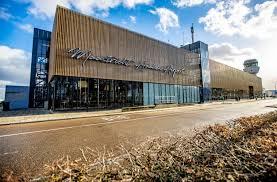 Interview john aarts door wat is loos in mestreech? © gemeente maastricht. Streep Door Vrachttaks Is Goed Nieuws Voor Maastricht Aachen Airport Wijlimburg