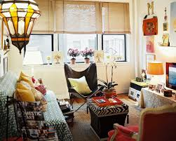 Decorations:Captivating Bohemian Interior With Pink Tufted Sofa Also Batik  Sofa Pillows Eclectic Bohemian Home