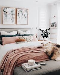 Home Decoration Ideas: A Chic Modern Bedroom With A White, Grey, And Blush  Pink Color Scheme. The Faux Fur Throw Adds A Touch Of Glamour To This ...
