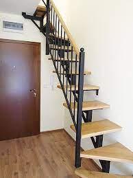 Втора употреба в момента стълбата е разделена на две за да може да се изкара. Vtreshni Stlbi S Metalna Konstrukciya Koleks Mzh Varna