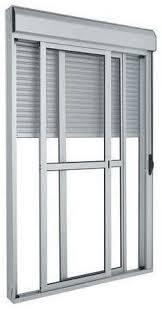 As janelas de alumínio com vidro são fundamentais para a estrutura e a transparência, além do material garantir luminosidade ao ambiente. Porta Integrada Aluminio Branco Com Persiana 2 Folhas Moveis Vidro Liso Acionamento Manual Com Fechadura Linha 25 Trifel Ideal Portas E Janelas