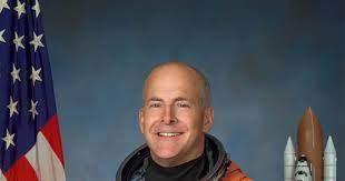 Ex-astronaut Alan Poindexter dies in jet ski accident
