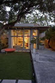 Best 25+ Small modern houses ideas on Pinterest   Modern small ...