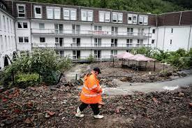 Almanya'da su baskınlarında 8 kişi hayatını kaybetti