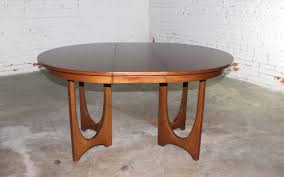 mid century modern broyhill brasilia 6140 45 round pedestal base dining table