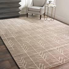 bedroom rug ideas. hand tufted arrow rug bedroom ideas