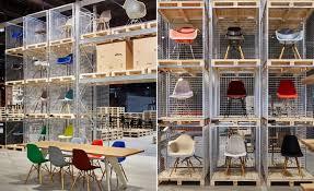 Vitra Stuhl Eames Plastic Chair Mailand Messe
