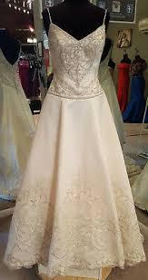 Casablanca Bridal Style 2030 Wedding Bridal Gown Size 24