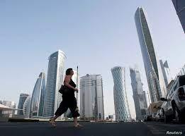 قطر تسمح بعودة 80 في المئة من موظفيها إلى المكاتب باستثناء 3 قطاعات