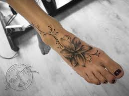Tetování Na Nohou Marťa Tattoo Studio