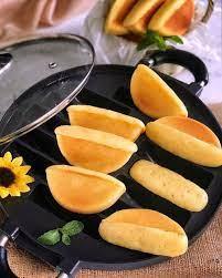 Kue pukis ✅ dengan bentuk setengah lingkaran yang memiliki rasa yang enak. Resep Kue Pukis Dan Cara Membuatnya Yang Empuk