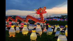 Festival Of Lights Canterbury The Sun Sets And Lanterns Light Up At Chinese Lantern Festival