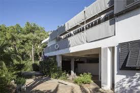 Design Exterior Case Moderne : Villa e ? cap moderne