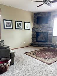 sharing a few ideas on a budget friendly living room makeover