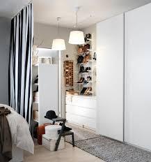Ideen : Impresionante Begehbarer Kleiderschrank Im Schlafzimmer ...