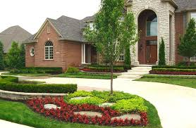 Garden Design with Pictures of Beautifully Landscaped Front Yards with  Garden Bed Designs from homeepiphany.