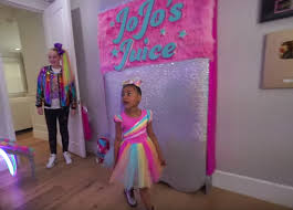 When jojo siwa passes through your town—and she might on her jojo siwa d.r.e.a.m. Here S What Jojo Siwa S House Actually Looks Like
