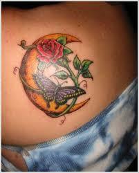 25 Half A Full Moon Tetování Vzory A Významy Punditschoolnet