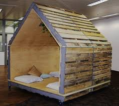 House Made From Pallets Pallet Indoor Outdoor Fortvery Easy And Affordable Im Totally