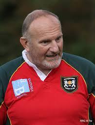Phil volgt Keith Williams op die, zoals bekend is, naar Zuid-Afrika verhuist. Phil begon in 1973 met rugbyen bij RRC en heeft 27 jaar gespeeld, ... - pl1