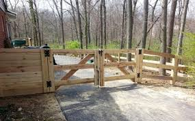 Split rail wood fence gate Lowes Ky Board With Standard Double Drive Gate The Fence Company Llc Kentucky Board The Fence Company Llc